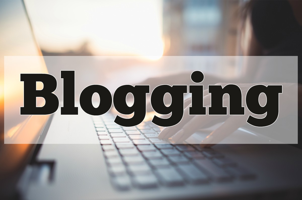 Top Famous Female Bloggers You Should Follow